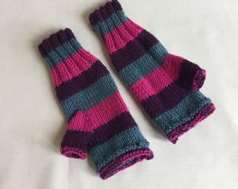 Womens hand knitted fingerless gloves