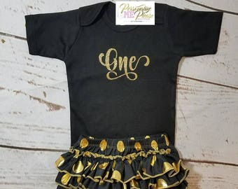 First birthday outfit, baby girl black and gold birthday outfit, ruffle bloomer