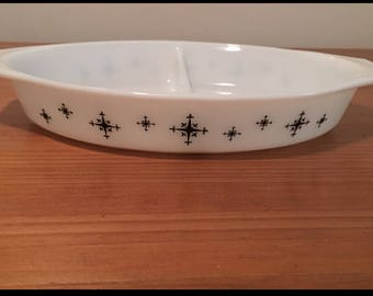 Mid-Century Pyrex Divided Dish Twinkle/Compass Pattern/Vegetable Dish