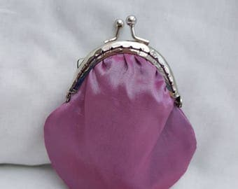 Shimmering Pink Kiss Clasp Coin Purse/Change Purse