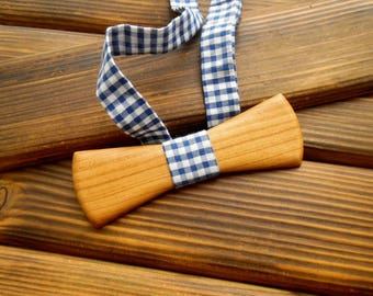 Wood bow tie Wedding Bow Tie Wood anniversary gift Brother gift Boyfriend gift Groomsmen Christmas bow tie Holiday gift Wooden bowtie men