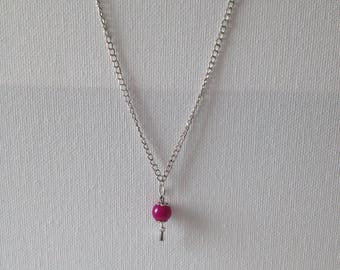 Silver necklace with fuchsia Pearl pendant