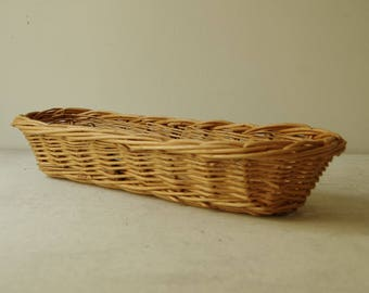 Vintage French Baguette Basket.  Wicker French bread Basket. Handmade wicker basket. Rustic basket. French country decor. Farmhouse decor.
