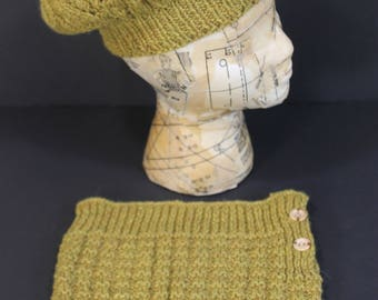 Hand knit Wool Tam and Cowl