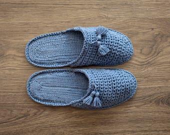 Slippers Knit slippers Men Slippers Knit Slippers House Shoes Winter Fashion Home shoes Home slippers Cozy slippers pompoms man slippers