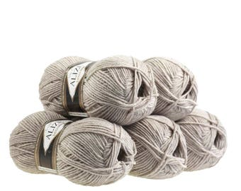 5 x 100 g yarn ALIZE Lanagold 49% wool, free choice of color (color: beige)