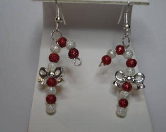 Candy Cane Earrings, Free Shipping,Red and White Beads and Bow. Great Gift for Her.