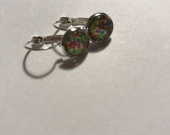 Earrings cabochon flowers