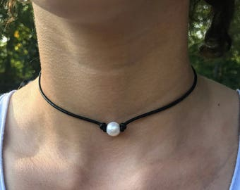 Real LEATHER PEARL CHOKER; Freshwater Pearl Choker; Single Pearl Choker; 1 Pearl Choker; Large Pearl Choker; Pearl Necklace
