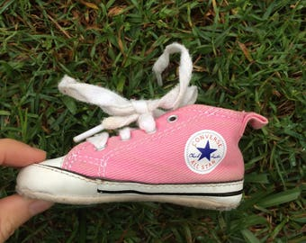CONVERSE SNEAKERS//pink