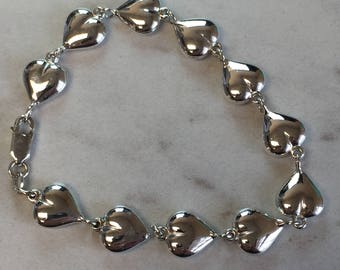 """Sterling Silver Puffed Heart Link Bracelet 7"""" inches in length"""