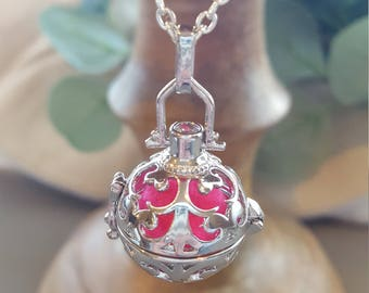 Diffuser Locket Necklace
