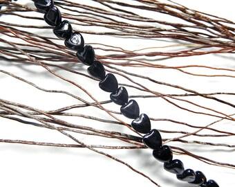 20 beads 8 mm black glass heart