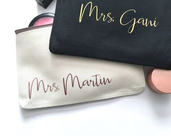 Personalized Engagement Gift - Mrs. Makeup Bag - Gold Travel Cosmetics Pouch - Small Accessories Bag - Personalized Name Makeup Bag