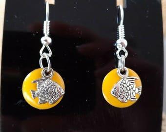 Beautiful yellow circle earrings and silver fish
