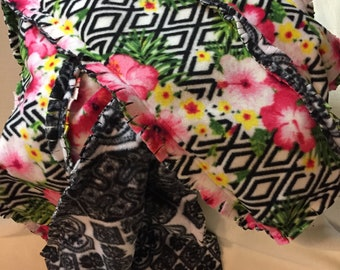 Lap Rag Quilt - Pink Hibiscus Flowers on Black and White Background (#002)