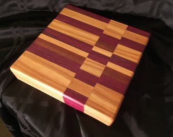 "HARDWOOD CUTTING BOARD 10""x10""x2"""