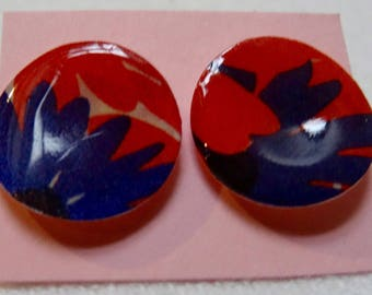 Large circle shaped paper earrings- red and purple flowers