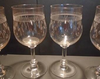 4 vintage etched wine glasses - Etched Wine Glasses
