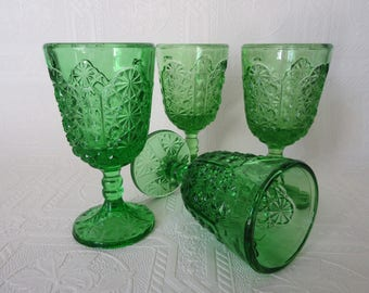 Vintage Green Glasses Vintage Stemware Mid Century Stemware Set of 4 Green Wine Glasses Daisy and Button Pattern Glass L G Wright Glass