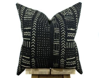 Mud Cloth Pillow Cover, African Mud Cloth Pillow, Authentic Mud Cloth | Black and Off White | Sahaja