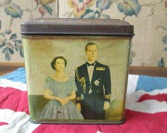 Royal Tin Queen Elizabeth II 1953 Vintage Coronation Souvenir| Royalty | Collectible Tins| Collectables