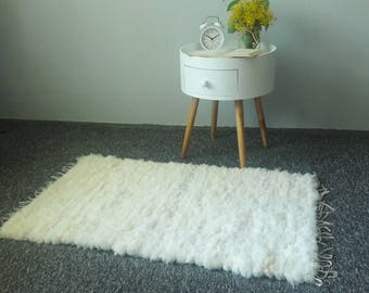 Genuine Woven Natural Sheepskin Rug - Handcrafted - Hues of White Carpet | 40' x 24'