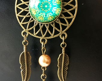 Emerald Dreamcatcher necklace with pearl and feather charm accents