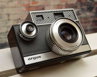 Vintage Argus Autronic I 35mm film rangefinder camera