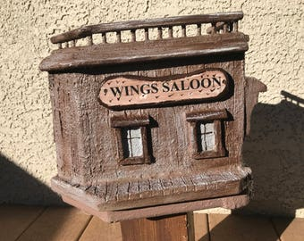 BIRDHOUSE Wings Saloon style