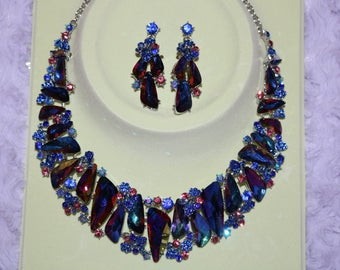 Luxury Class Victorian style and Australian Crystal Party Necklace