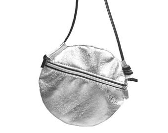 FLAT ROUND from leather silver handbag evening bag