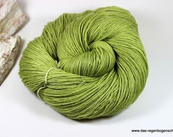 """Pinta Hand dyed """"Spring Awakening"""" 100g, 60 merino, 20 silk, 20 Ramie"""