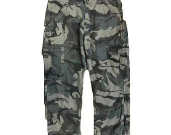 Vintage Wrangler Camo Cargo Pants - Adjustable waist