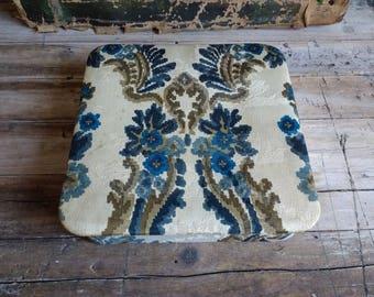 Beautiful antique french decorative textile fabric boudoir box