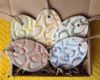 Easter Decoration, Set of 5, Ceramic Egg Ornaments, Lace Home decoroation, Easter Gift Set