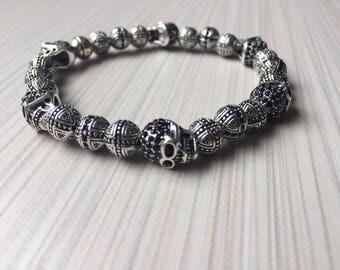 Men extensible bracelet Skull beads