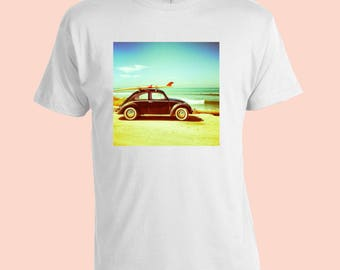VW Beetle. Surfboard. Retro Mens T-Shirt. White 100% Cotton