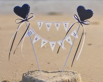 Beach Wedding Cake Topper Just Married Cake Topper with Navy Blue Hearts White Burlap Banner Rustic Wedding Decor Garland Centerpiece