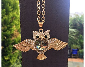 Beautiful Large Crystal Owl Necklace. Gift Bag Packaged.