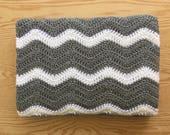 Gray and White Chevron Baby Blanket/ Gray Crochet Baby Blanket/ Ripple Baby Blanket/ Gray Baby Blanket/ Crochet Baby Afghan