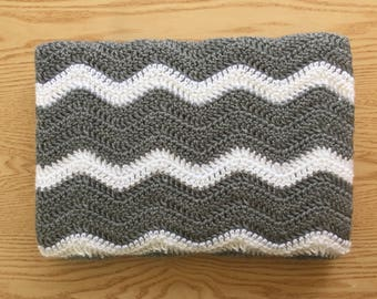 Gray and White Chevron Baby Blanket/ Gray Crochet Baby Blanket/ Ripple Baby Blanket/ Gray Baby Blanket/ Crochet Baby Afghan