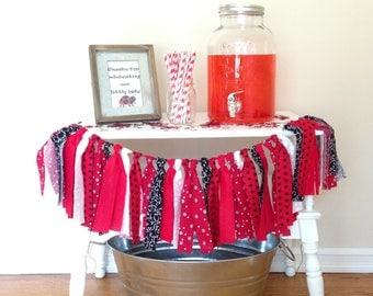 Red Fabric Garland / Ladybug Theme Photo Prop / Backdrop / Ladybug Theme Birthday Party / Baby Shower Decor / Red Black White