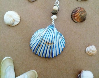 Pendant shell striped blue