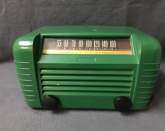 Vintage 1949 RCA VICTOR 65x2 Tube Radio Rare Kelly Green Color Works Great