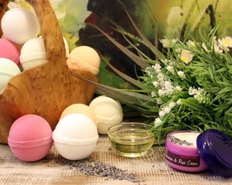 Aromatherapy Bath Bombs - Gift, Wedding Favour, 8 Different Scents