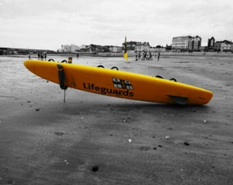 Margate Beach, Life guard surfboard, beac home, seascape wall art, instant download, digital prints, black and yellow, downloa