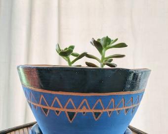 Blue Triangle planter, carved sgraffito design