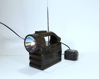 Radio - Flashlight - Radio with Flashlight - Small radio - Large lantern - Small lamp.