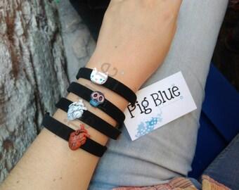 Skull bracelets / Kitty